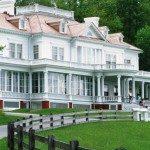 Gilded Age Flat Top Manor. Photo courtesy visitnc.com.