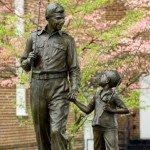 Andy and Opie statues in Mount Airy